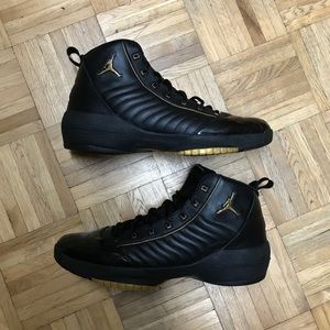 "2004 Air Jordan 19 OG SE ""Black Metallic Gold"""